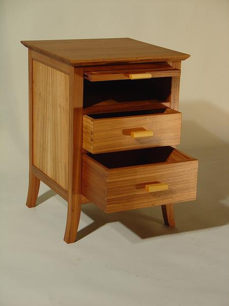 Inidividuelle Schlafzimmermöbel aus Holz